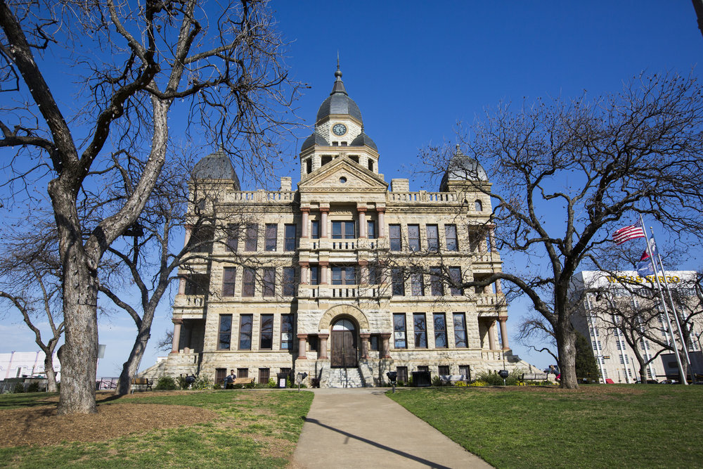 a picture of the downtown denton texas courthouse