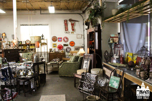 a picture of the inside of a vintage shop