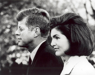 John and Jacqueline Kennedy, photo courtesy www.maryferrell.org