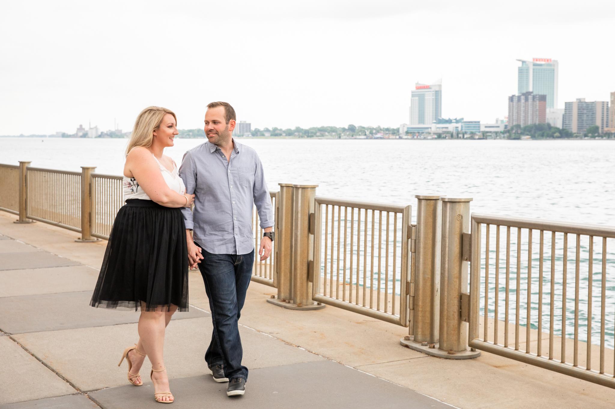 detroit windsor riverfront caesars engagement session