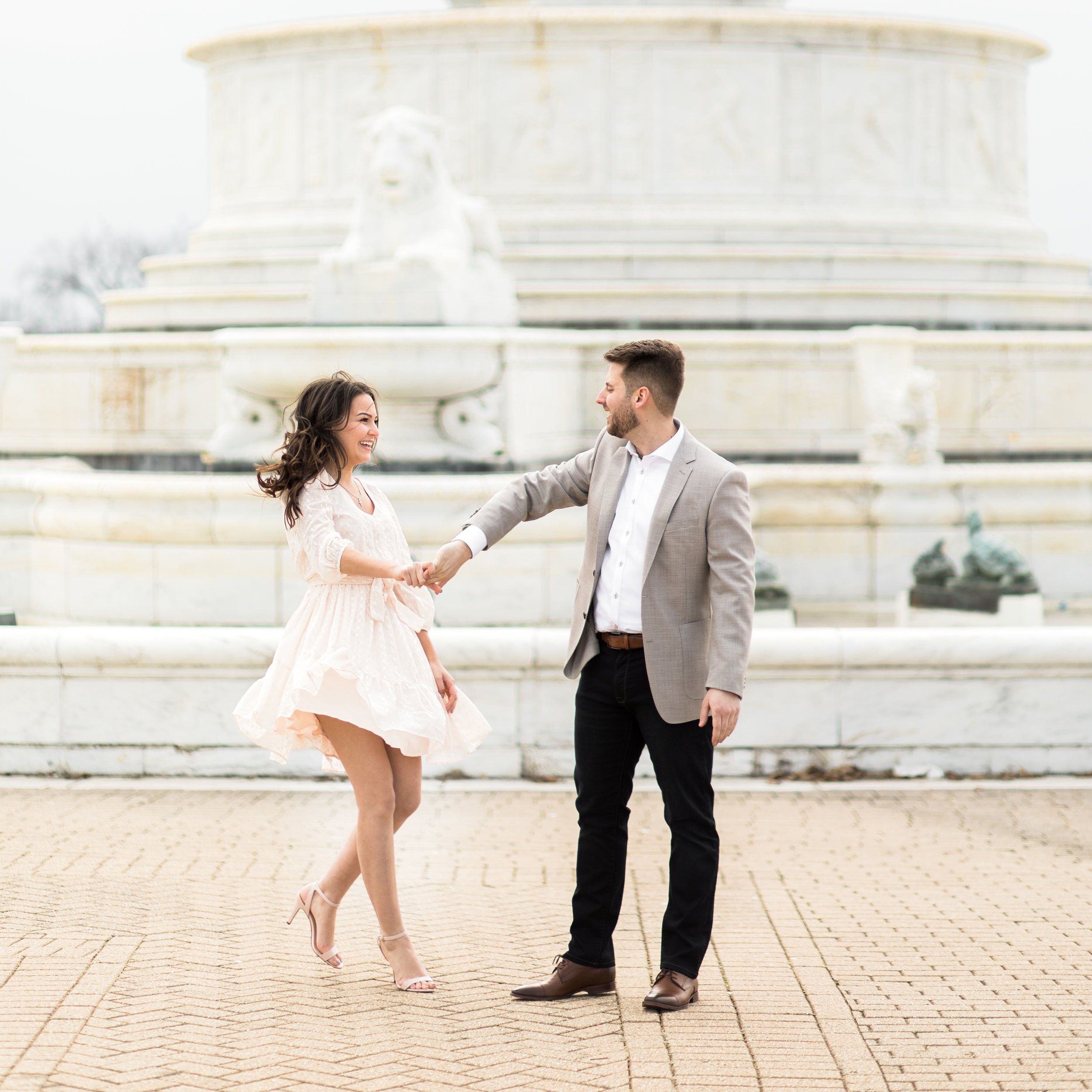 belle isle engagement session fountain