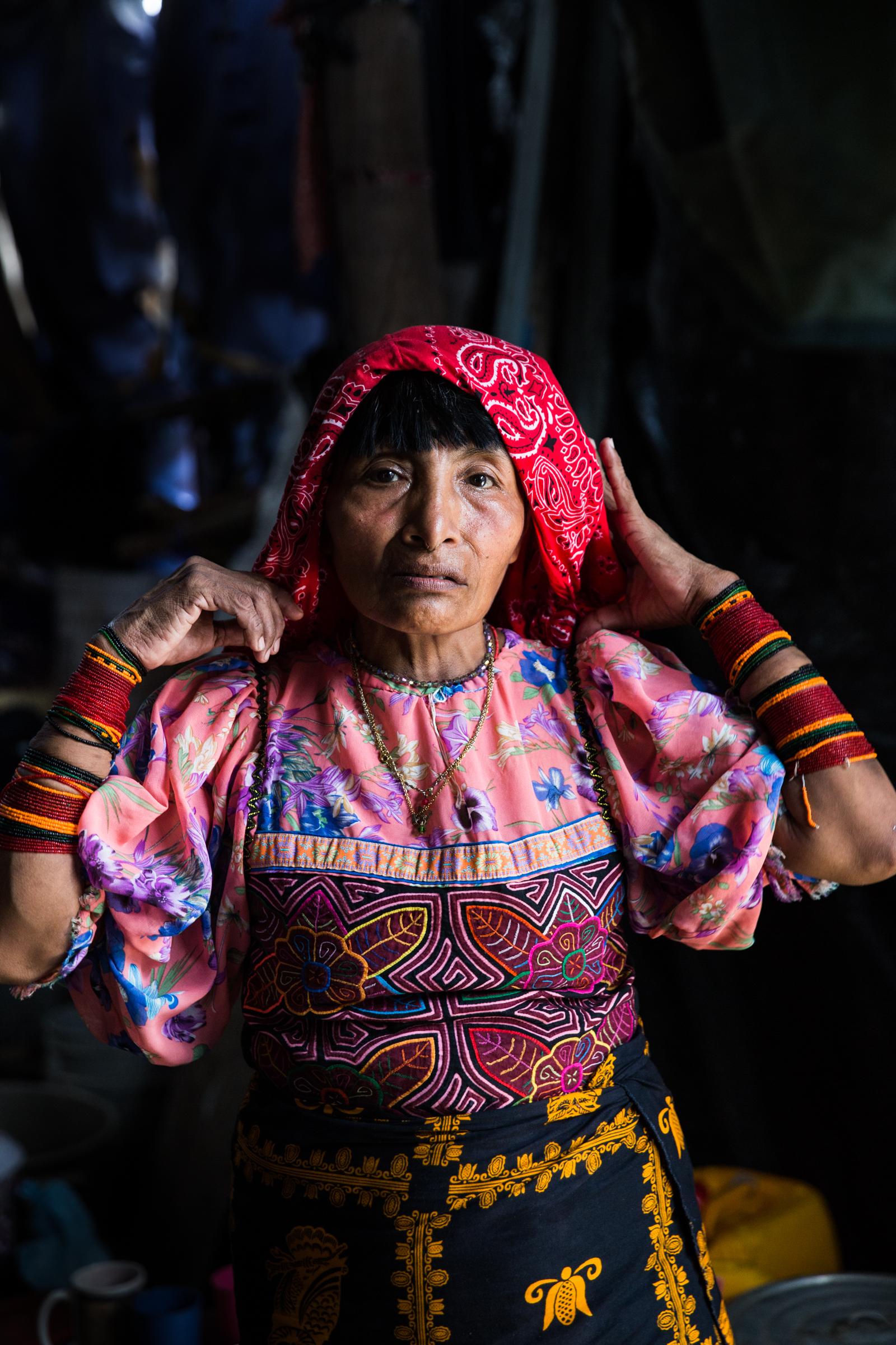 "Victoria Navarro, community leader working to organize the relocation to the ""Nueva Barria"" in her home in Gardi Subdub."