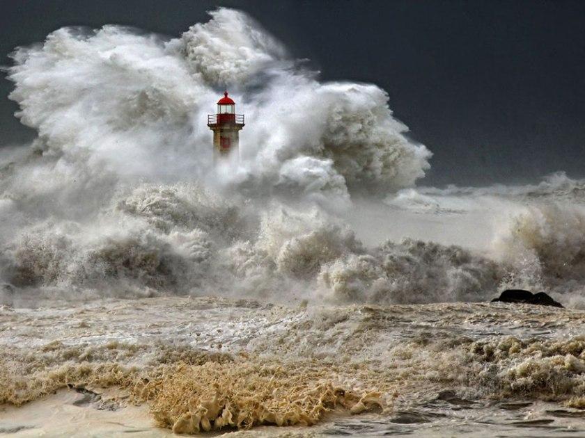 amazing-lighthouse-landscape-photography-36.jpg