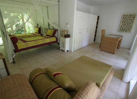 accommodation_room4.jpg