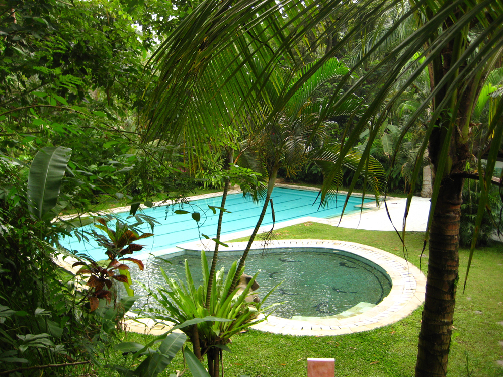facilities_poolview