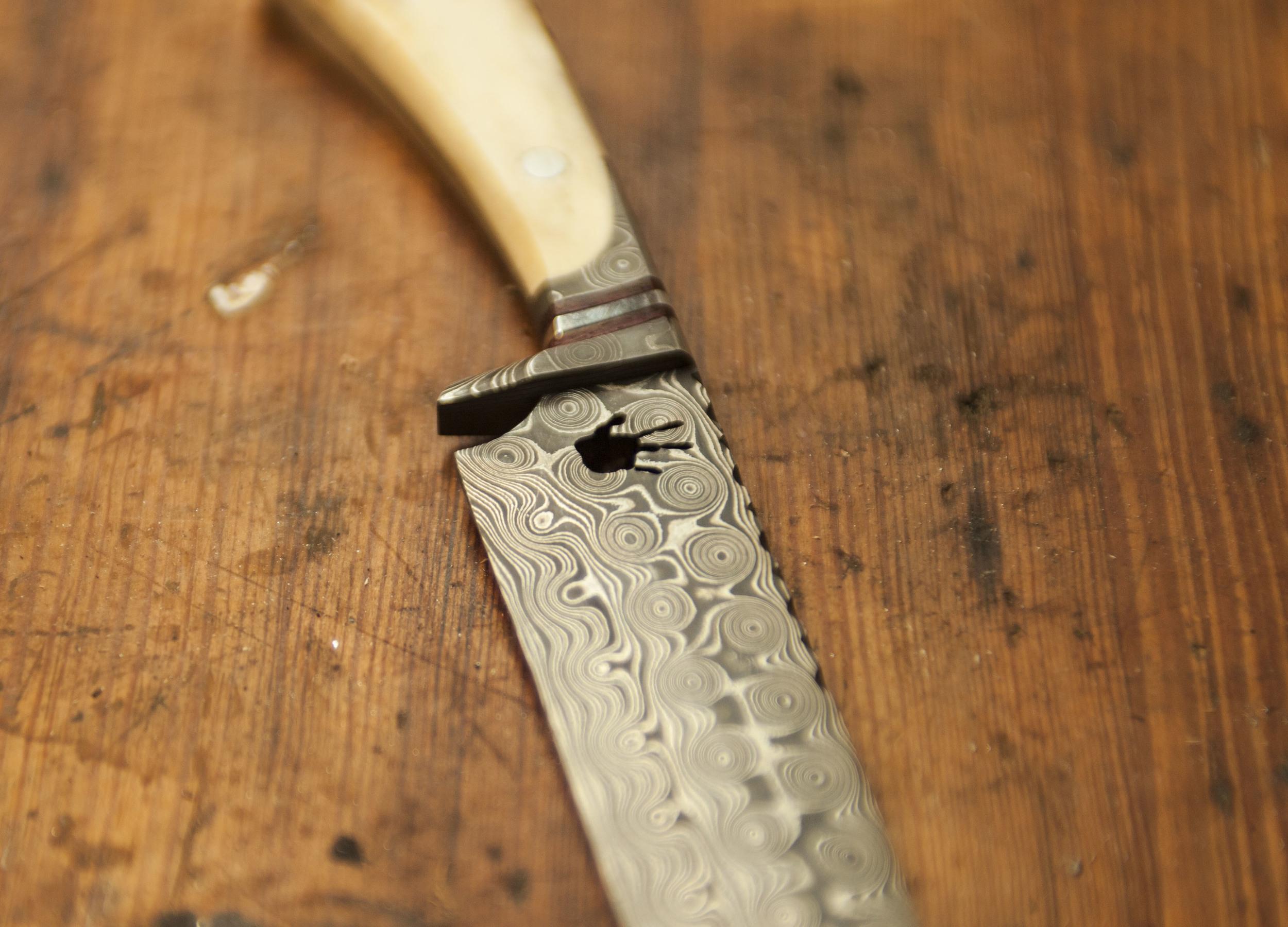 Knife 3.jpg