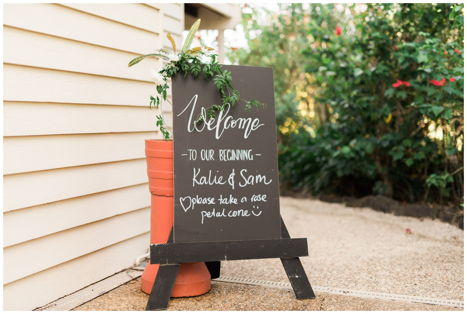 Sunshine-Coast-Hinterland-Backyard-DIY-Wedding-15.jpg