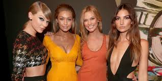 Taylor Swift's ultimate #girlsquad