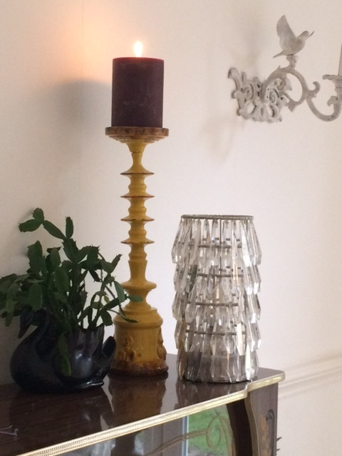 Vintage tin candlestick £30  www.theotherduckling.co.uk