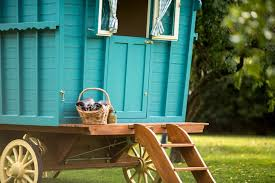 Farrow and Ball's gypsy caravan inspired Vardo paint