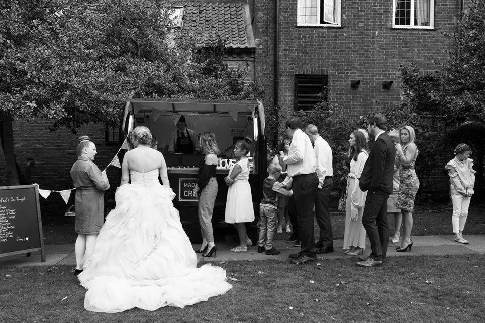 mobile_creperie_retford_weddings_birthday_party_nutella_organic_homemade_fresh_french_food_caterer_madamecrepe_21