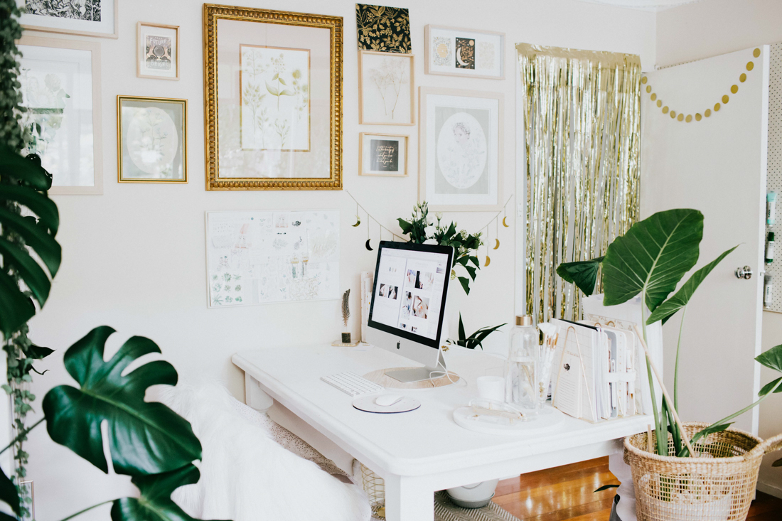ChristieElise_Website_Lifestyle_Desk_Studio_About-11.jpg