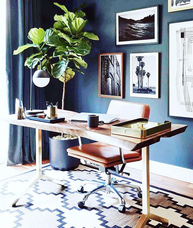 Moooooody moody moody moody office space. Pretty obsessed // 📷 @em_henderson // #interiordesign #decor #officedecor #office #homedecor #desk #fig #leather #gallerywall #gallerywalldecor