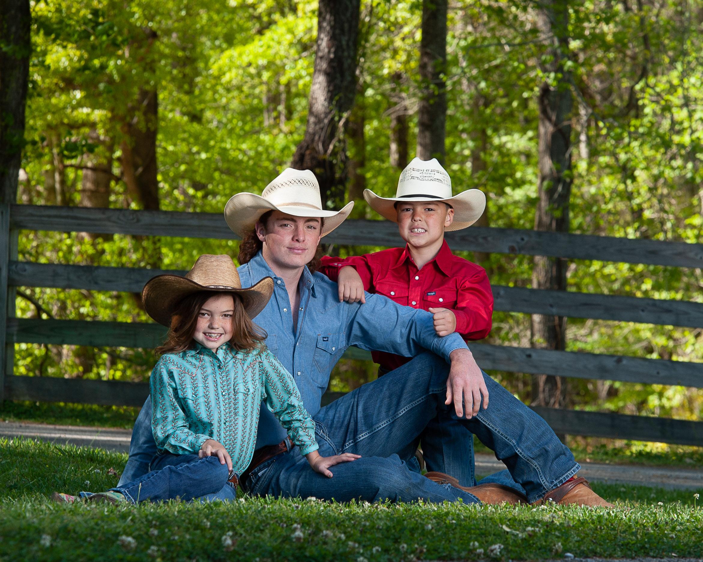 equestrianfamilyphotos.WesternEquestrian.KevinLambPhotography.-7248.jpg