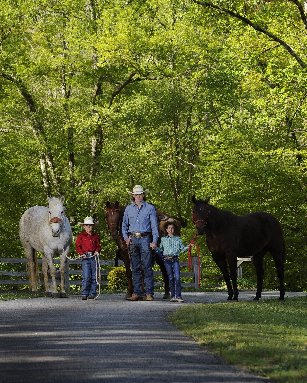 Cowboyfamily.kevinlambequinephotographer. Georgiahorsephotographer.floridahorse. AlabamaHorse.jpg