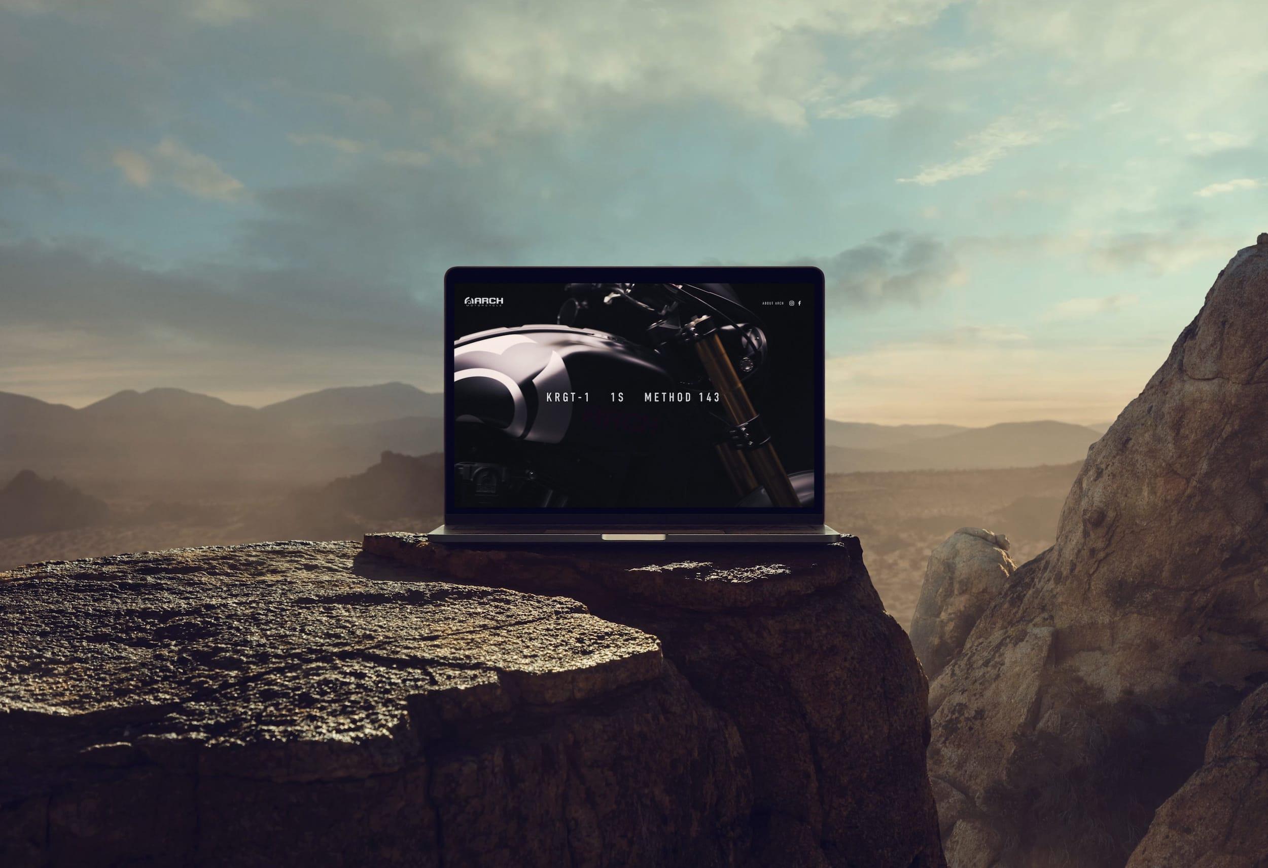 squarespace-content-management-system-desert-laptop.jpg