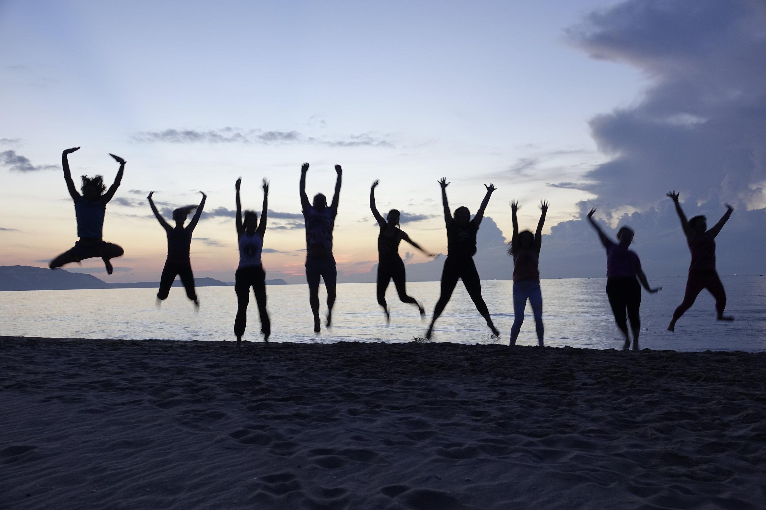 200-hour-yoga-teacher-training-mindfulness-mui-ne-vietnam