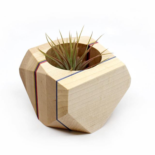 Maple primary colour planter available in @adrianmartinus shop❤️💙💛 #design #vase #homedecor #geometric #wood #woodworking #plants #airplants #cactus #plant #plant-life #plantsofinstagram #yyc #yycdesign #yycart #yycnow