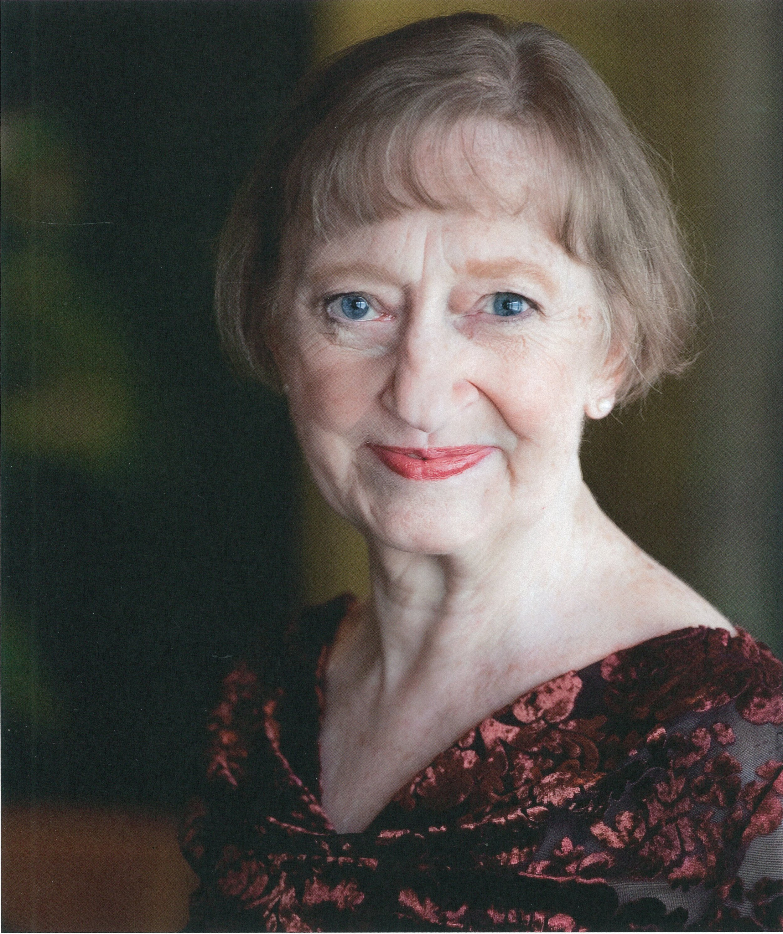Wendy Lehr (Hannah/Mrs. Moffat/Aunt March)