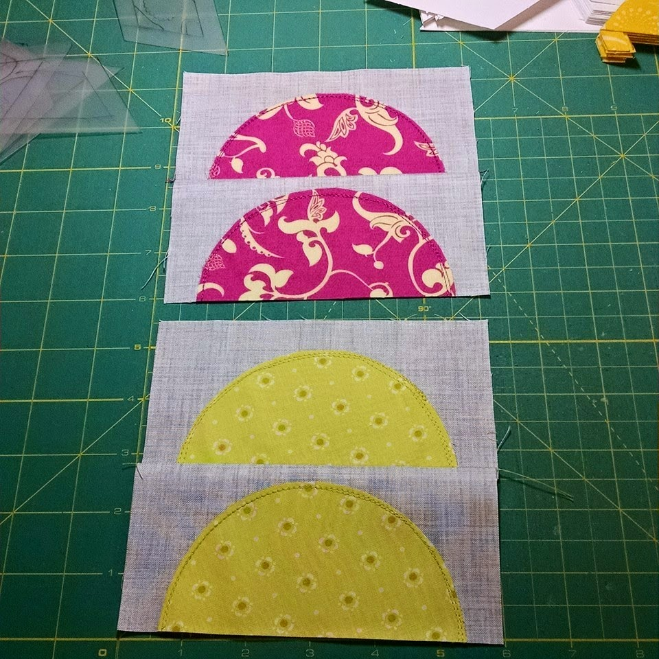 Carolyn Rhodes Miller picked some lovely background fabric.