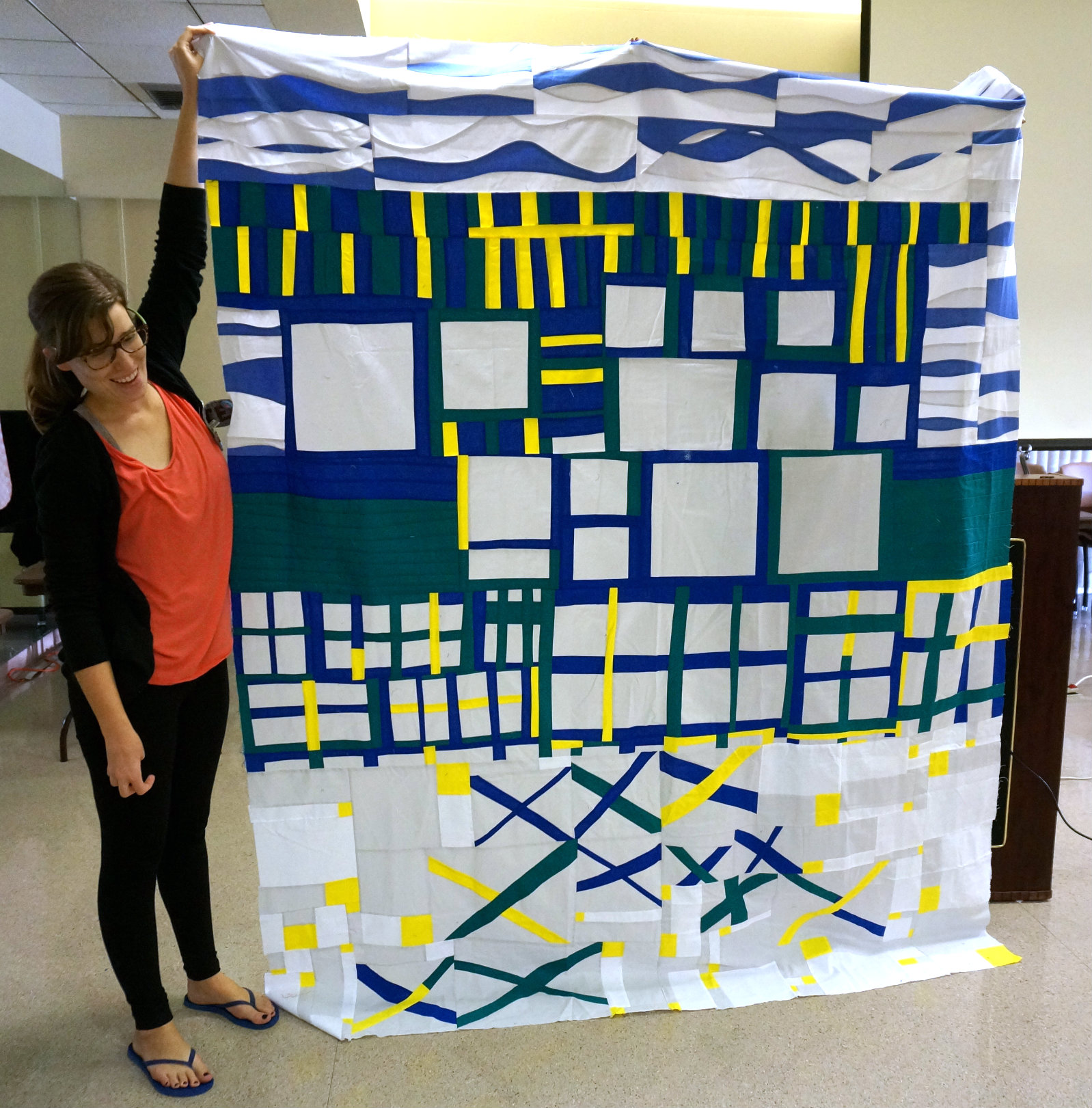 Kate Yates presented our finished top for the 2017 Quiltcon Charity Challenge at the November meeting.