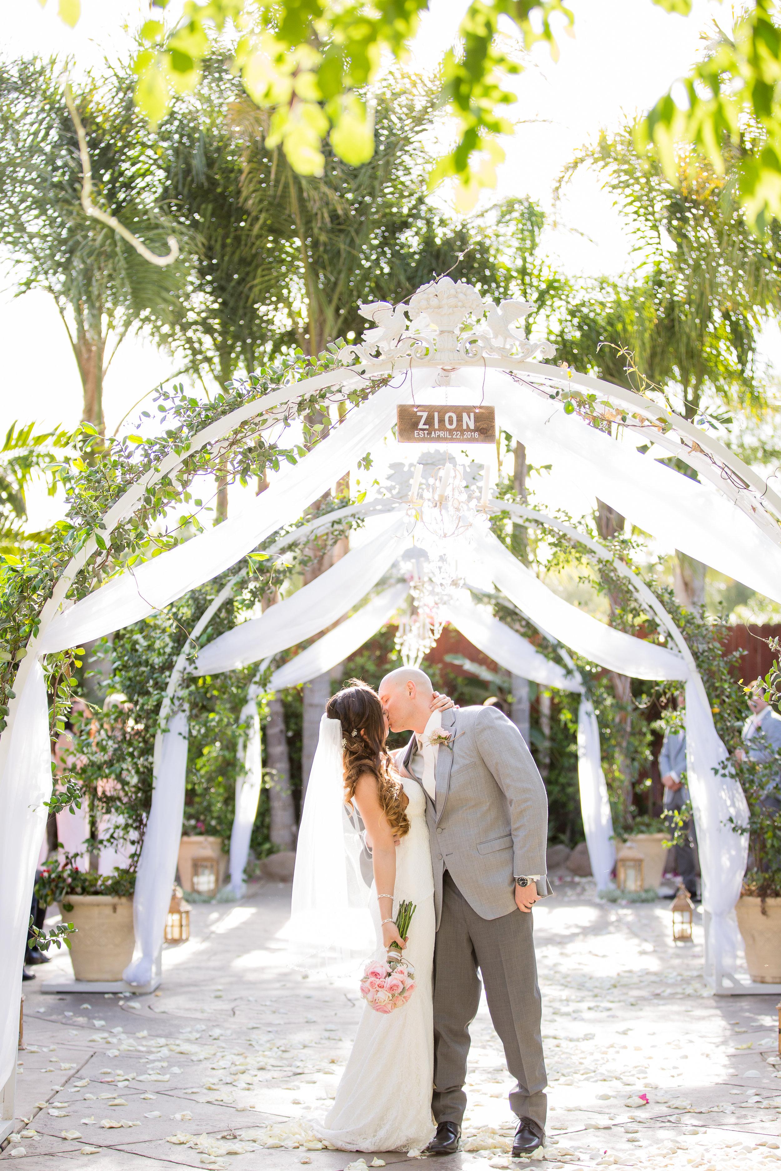 kyle_paige_moorpark_wedding-477.jpg