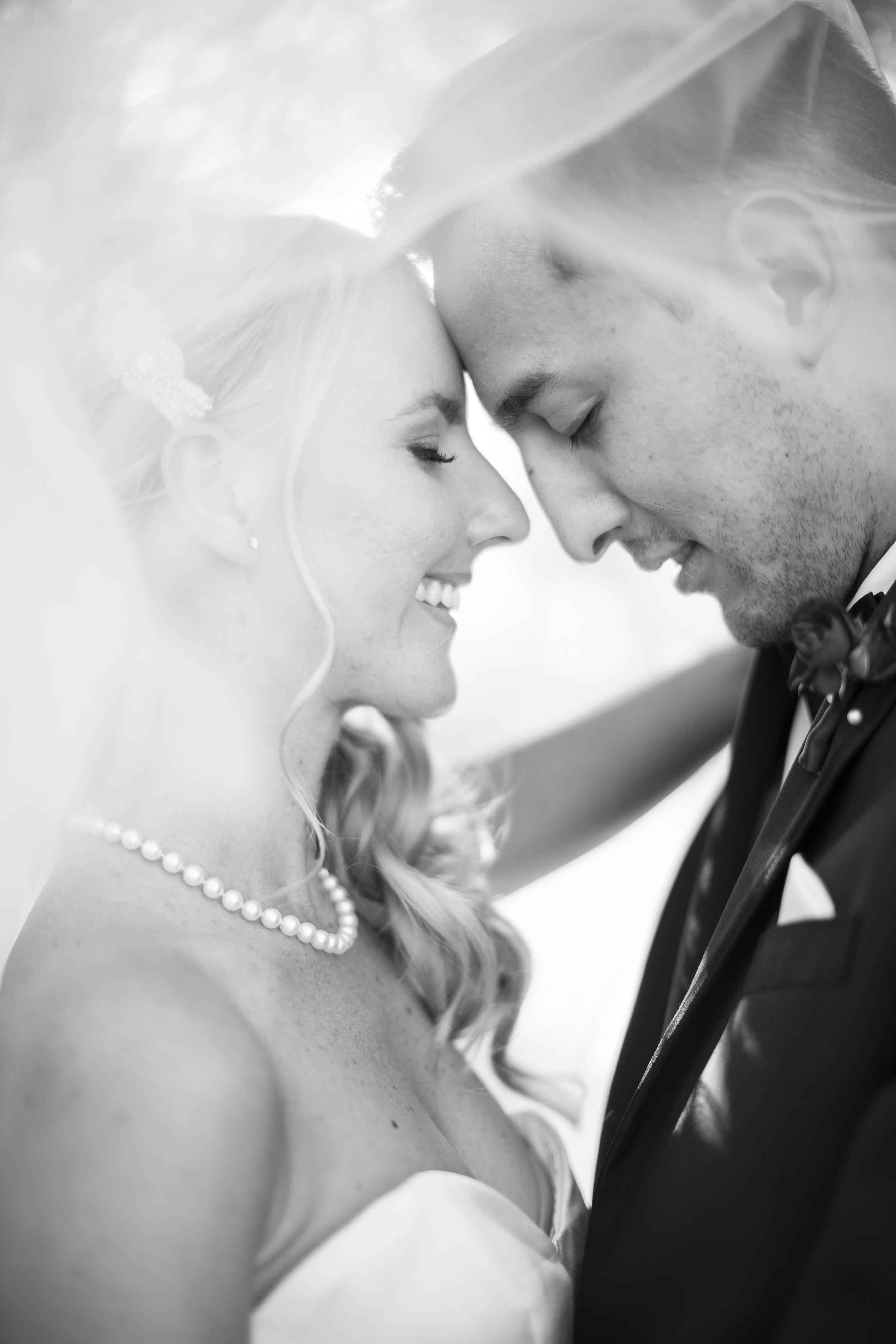 cole_jane-riviera_mansion_wedding-527.jpg