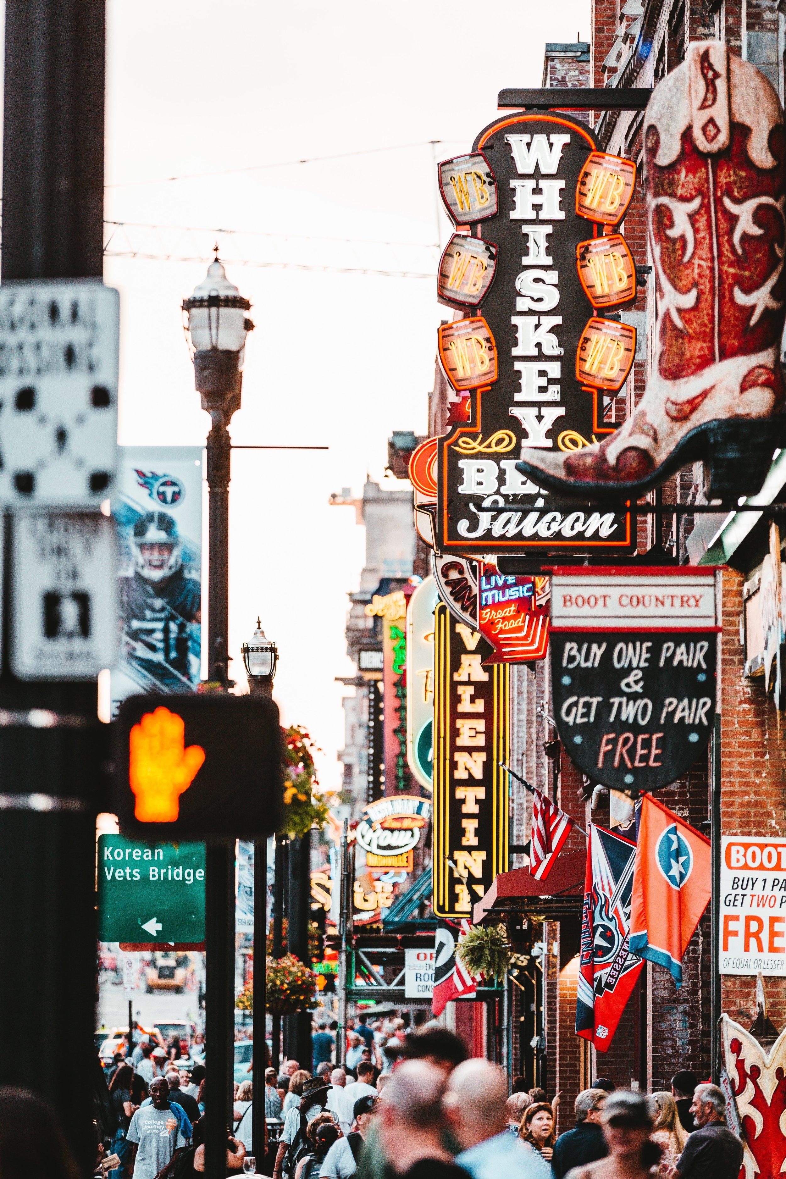 Nashville-broadway.jpg