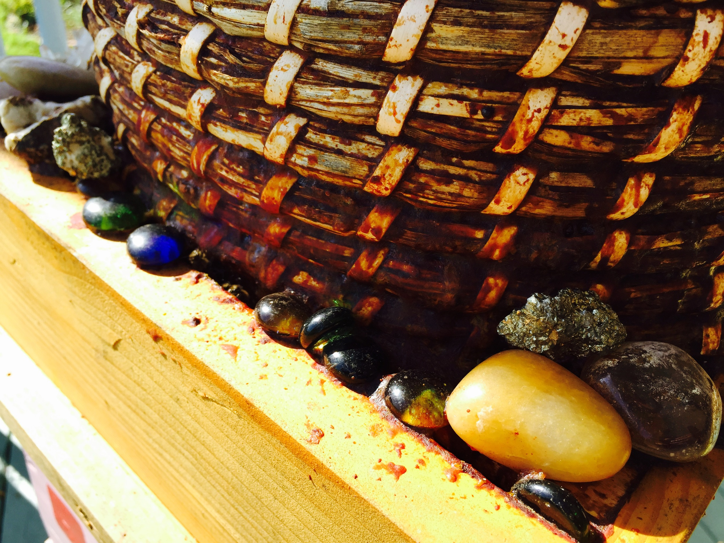 Rocks glued down by bees with the use of propolis