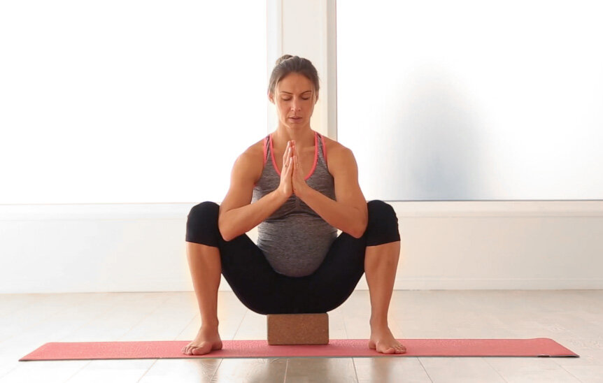 Mama Squat - Squats during pregnancy third trimester