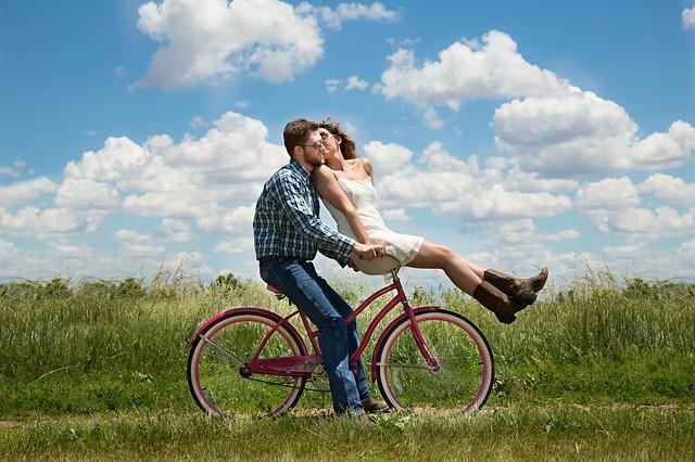 Bike-Together-Happiness-Couple