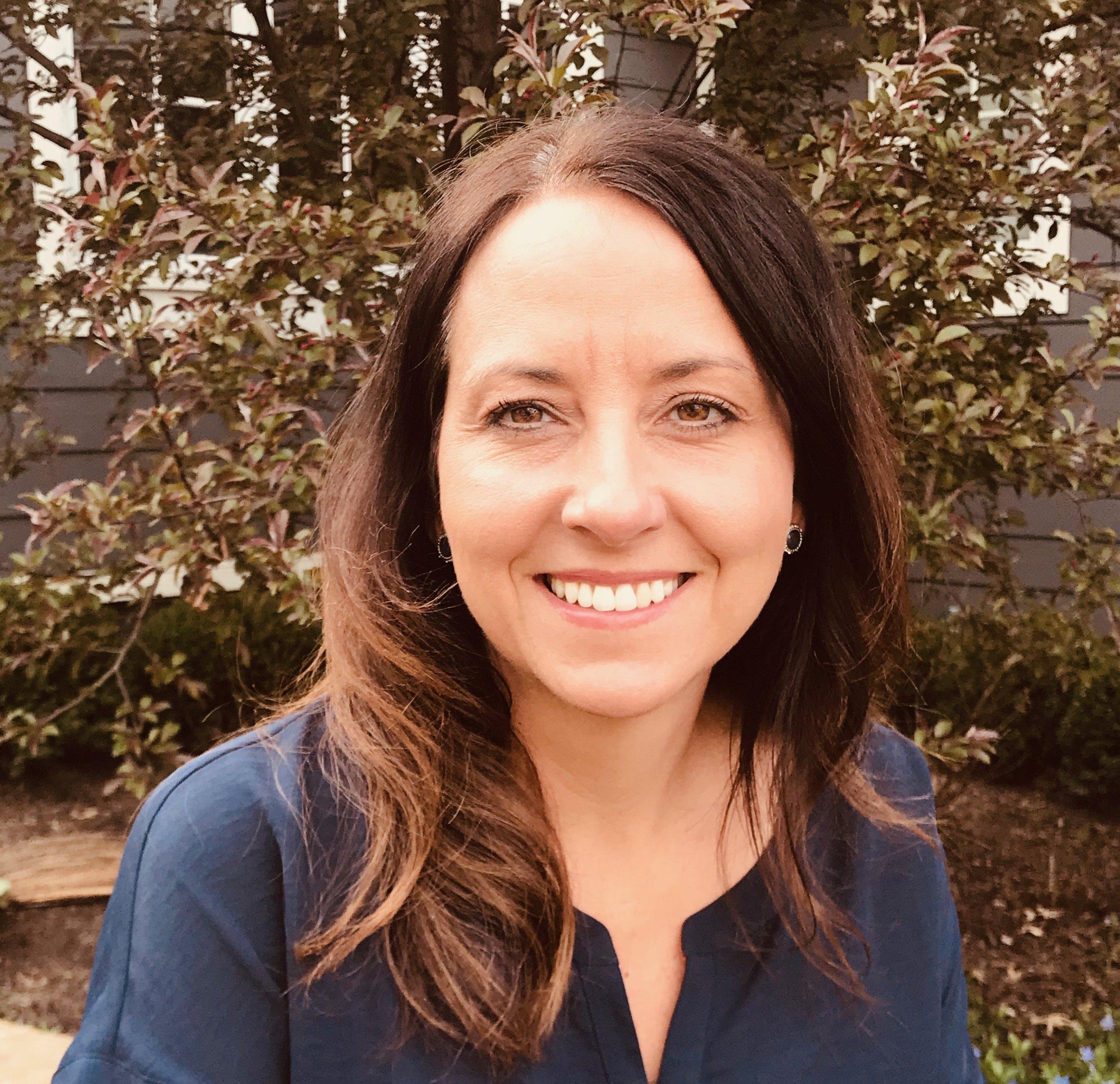 Tiffany Hellen, Accenture