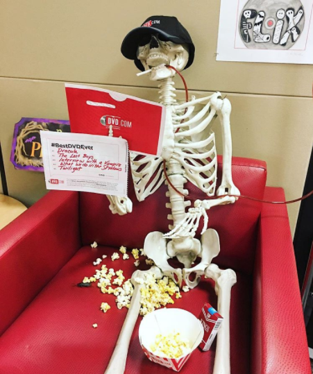 This is Nicholas Ribcage. We asked our Instagram followers to name him last year, and it was a tight race between Nicholas Ribcage and Pelvis Presley.