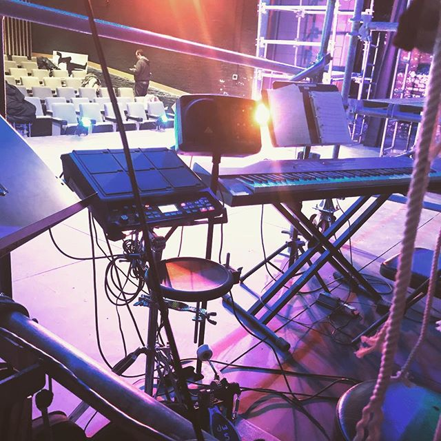 All-electric #poseidonUpsideDown #edgetheatre #drumpit
