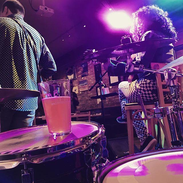 Local beer and drums! @santongiorgi #uncommongroundchicago