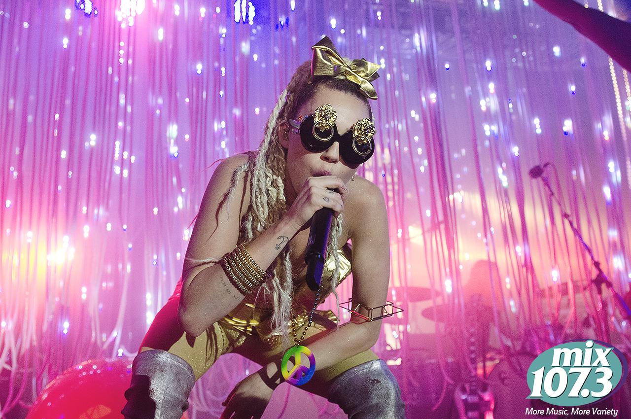 MileyCyrus_23.jpg