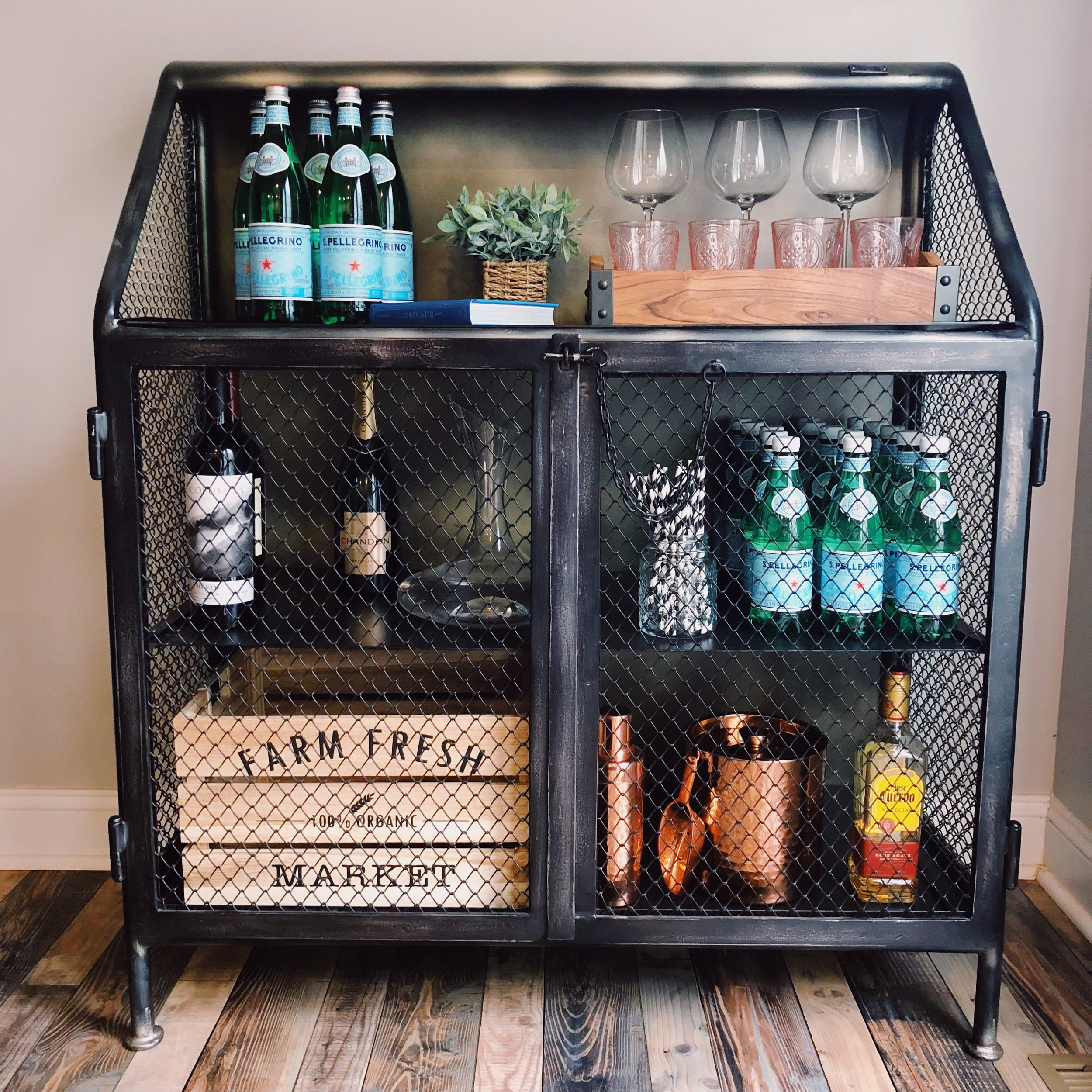 liz-bar-cart-1