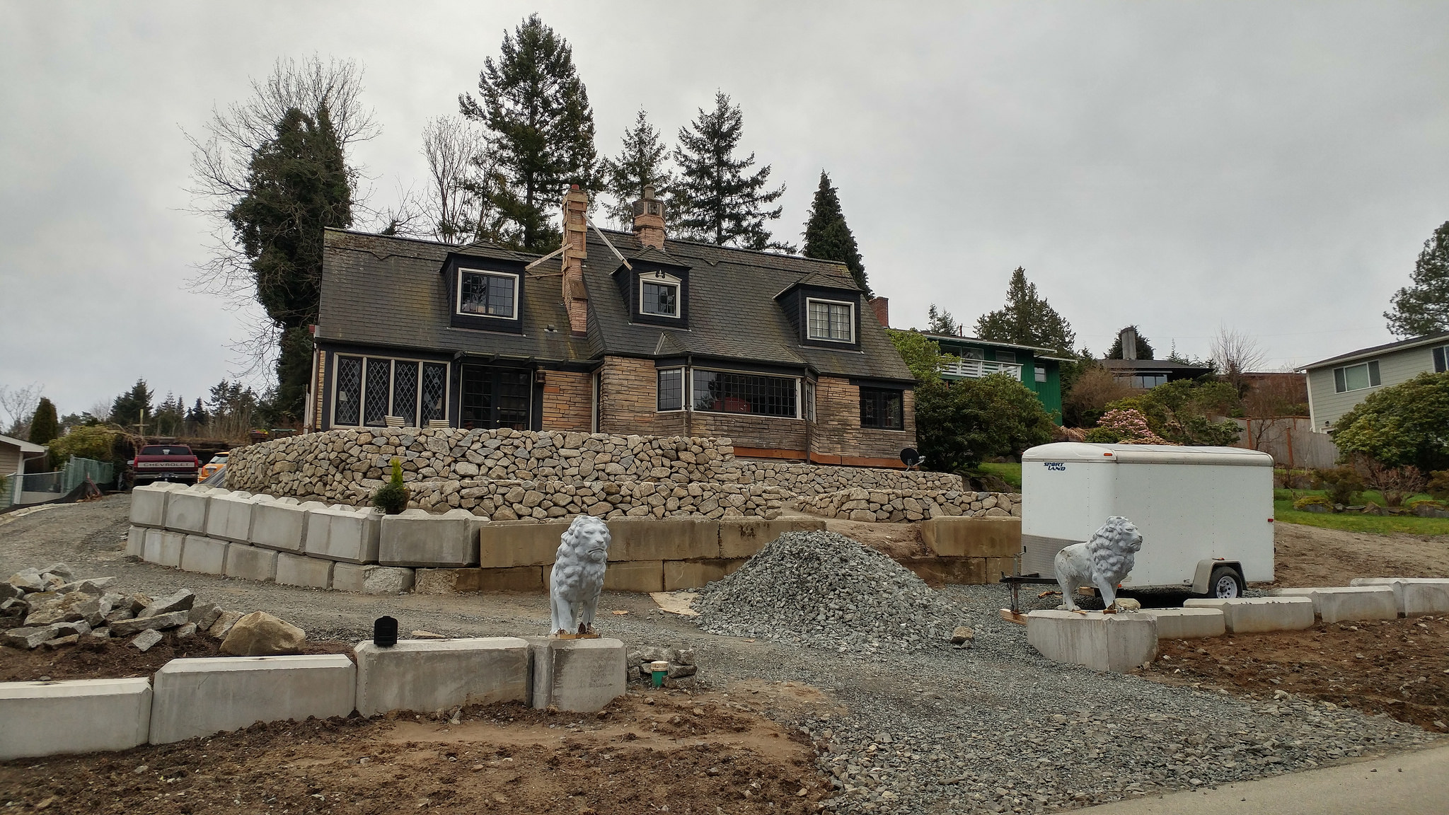 Landscaping begins at the Lion House's new location // Christopher Bragg