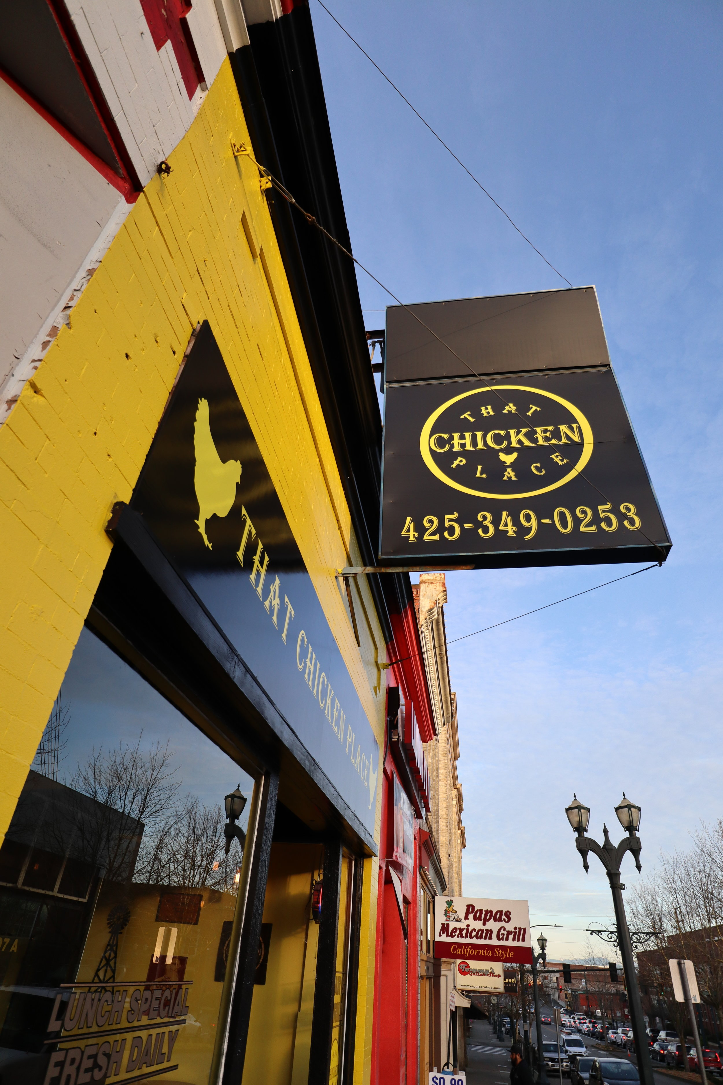 That Chicken Place's black and yellow exterior // Laura Campbell