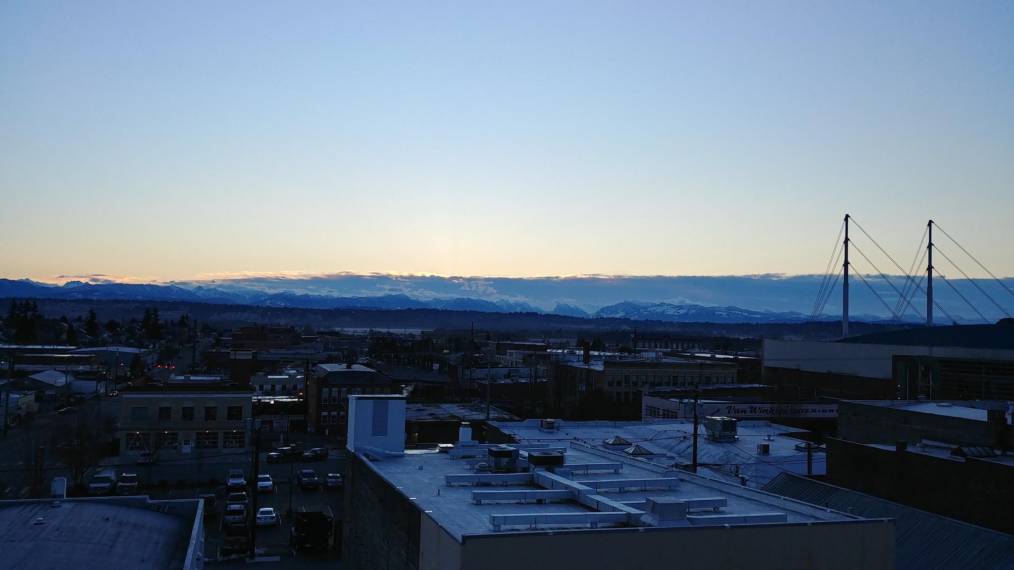 Valley view from Port Gardner Parking // Christopher Bragg