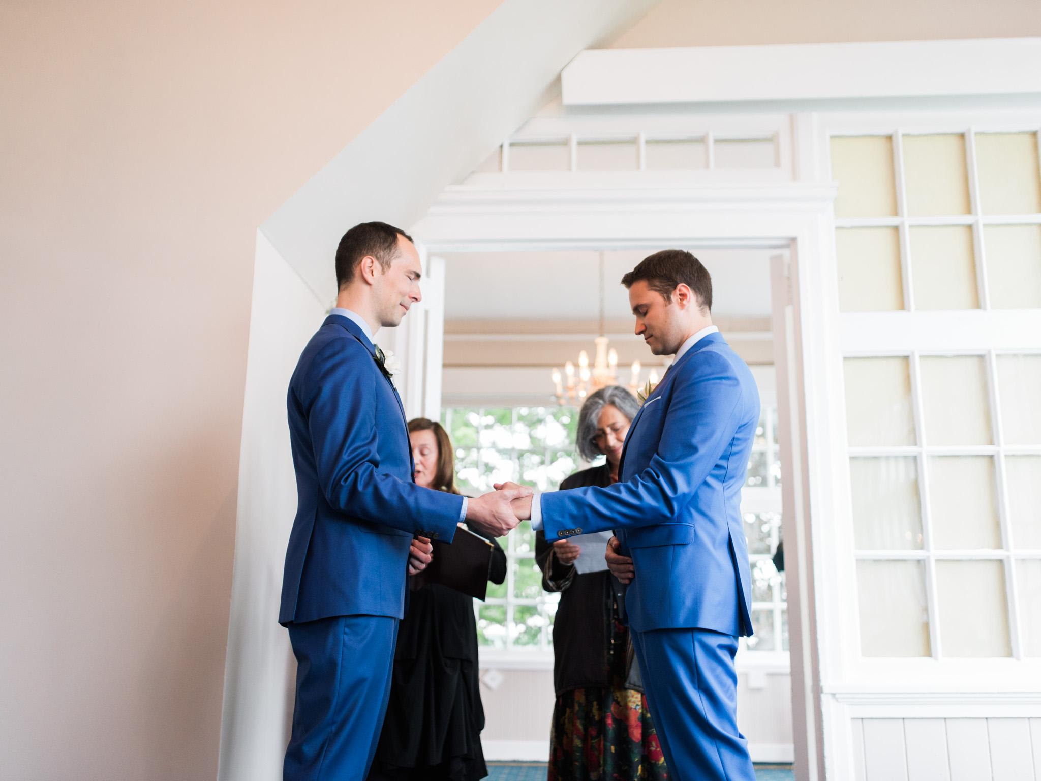 toronto-island-Royal-canadian-yacht-club-wedding-photographer-26
