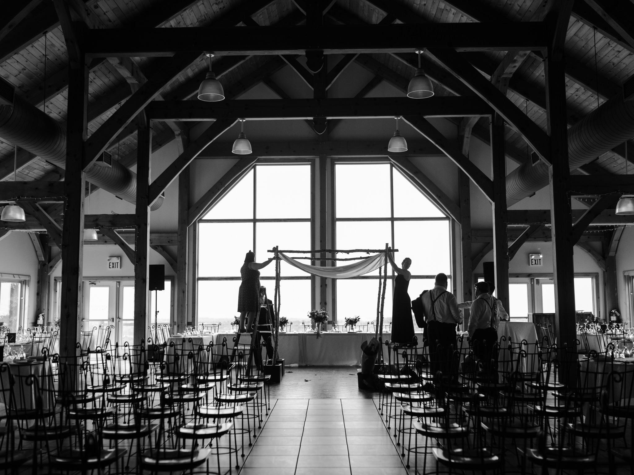 skyloft-wedding-toronto-wedding-photographer-15.jpg