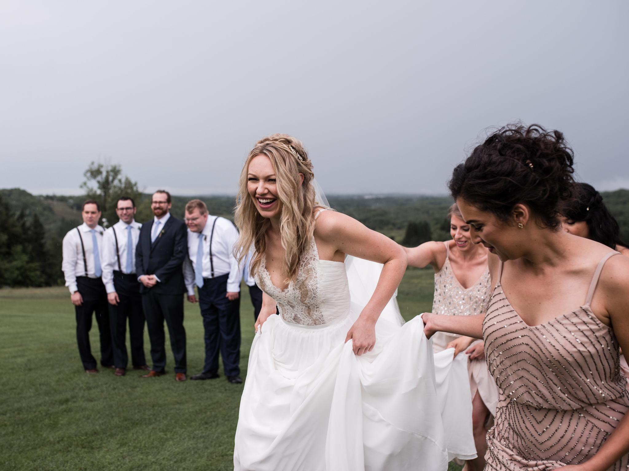 skyloft-wedding-toronto-wedding-photographer-23.jpg