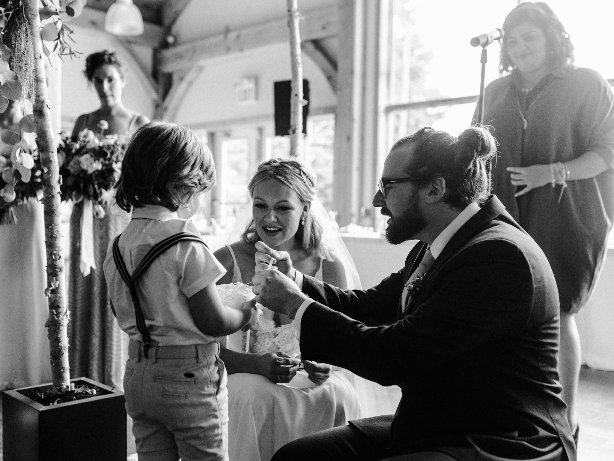 skyloft-wedding-toronto-wedding-photographer-38.jpg