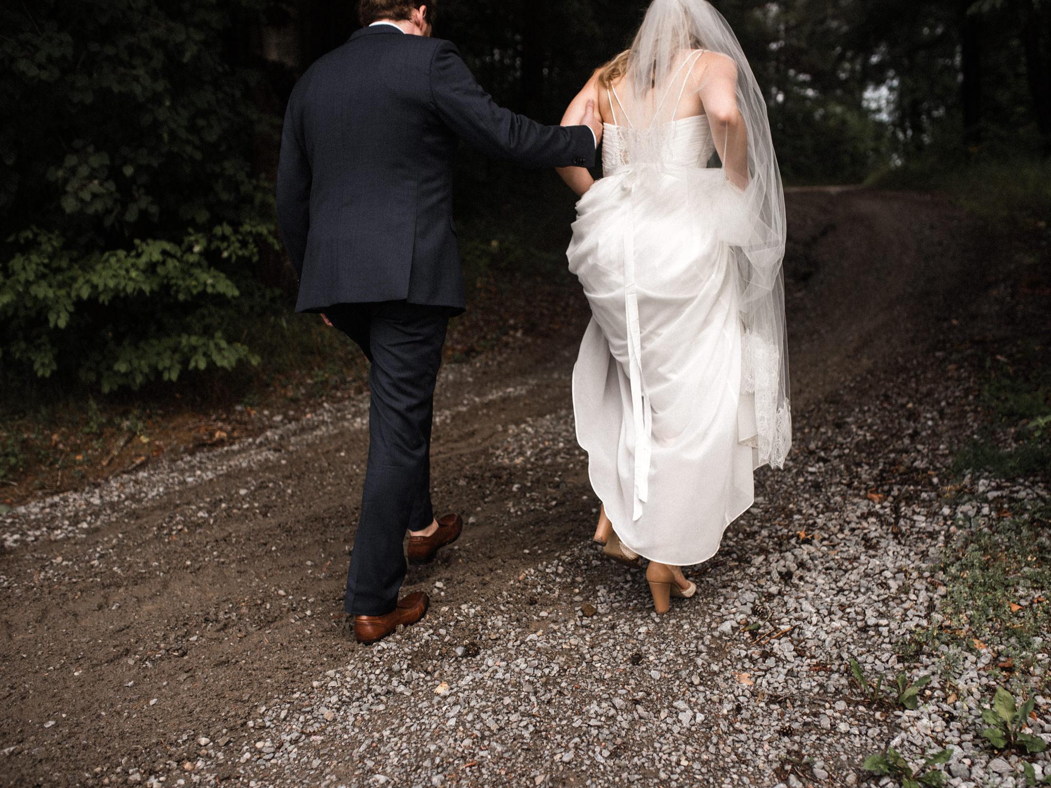 skyloft-wedding-toronto-wedding-photographer-41.jpg