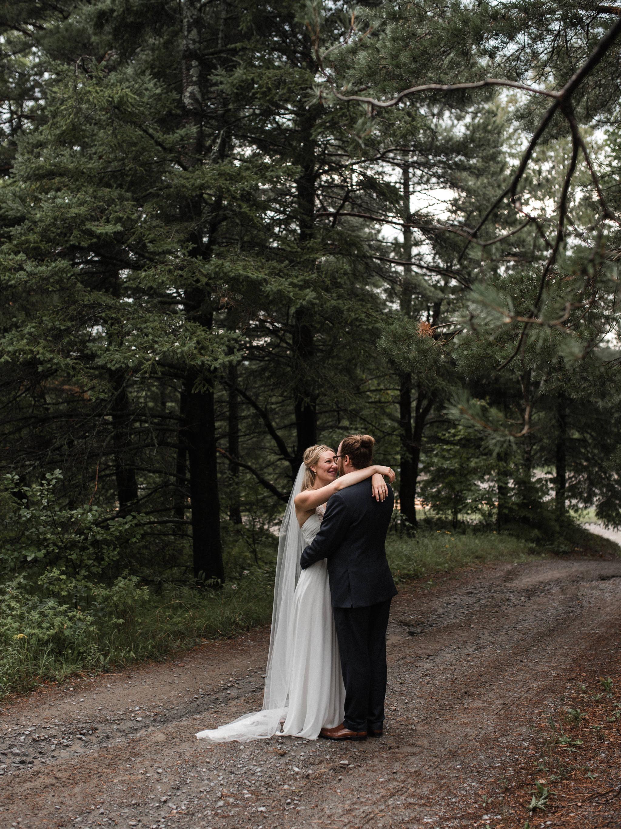 skyloft-wedding-toronto-wedding-photographer-42.jpg