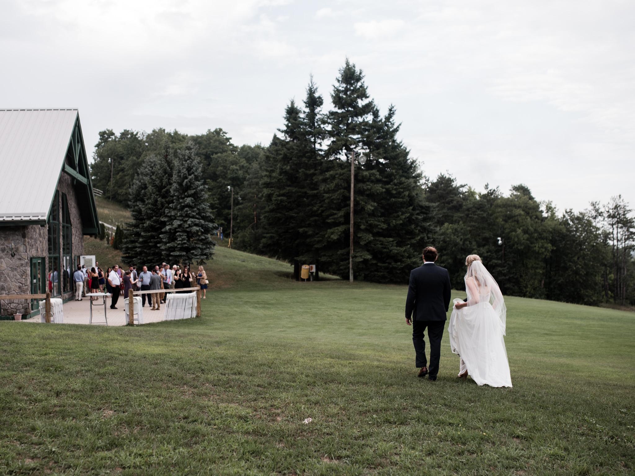 skyloft-wedding-toronto-wedding-photographer-49.jpg