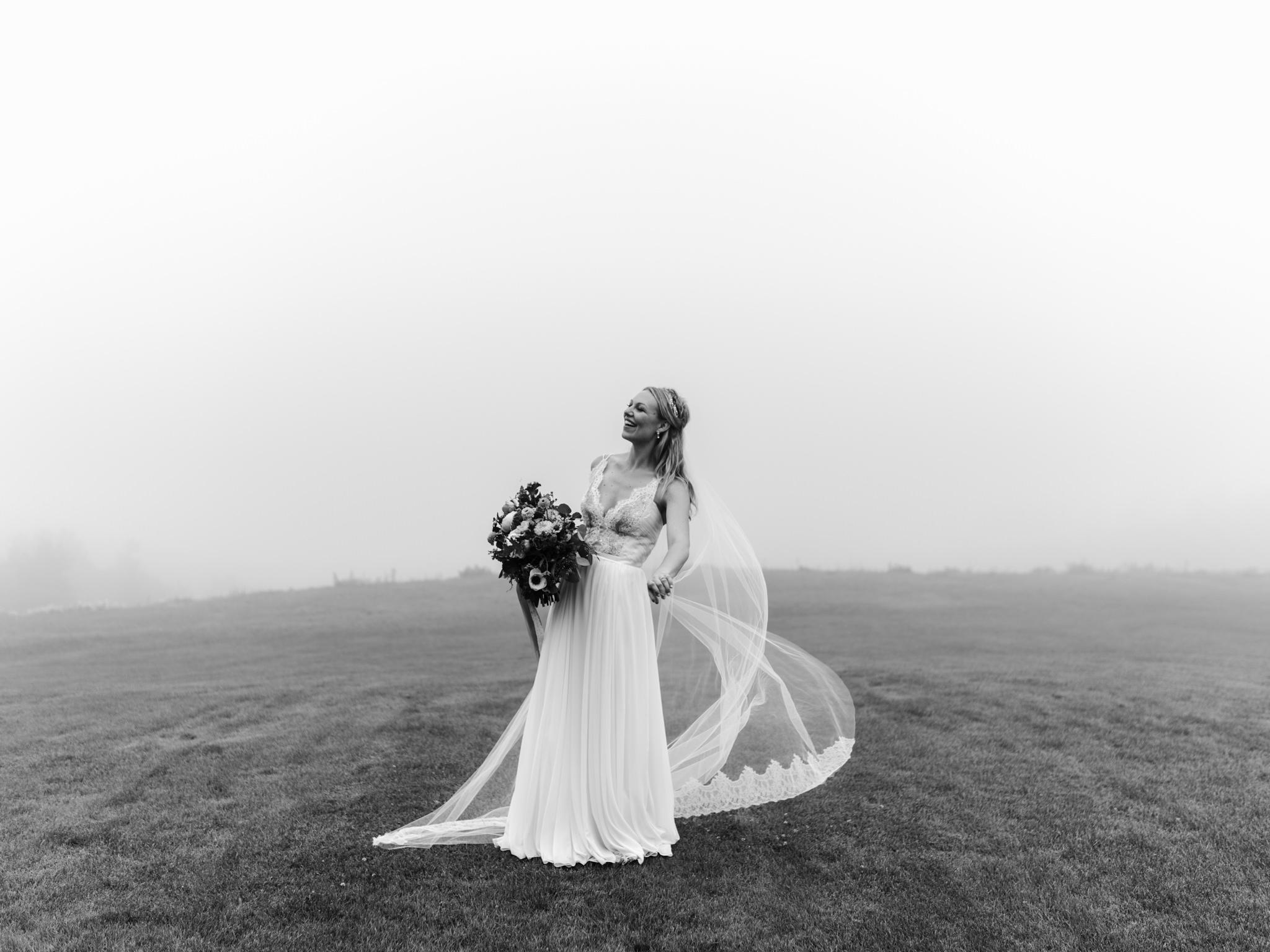 skyloft-wedding-toronto-wedding-photographer-55.jpg