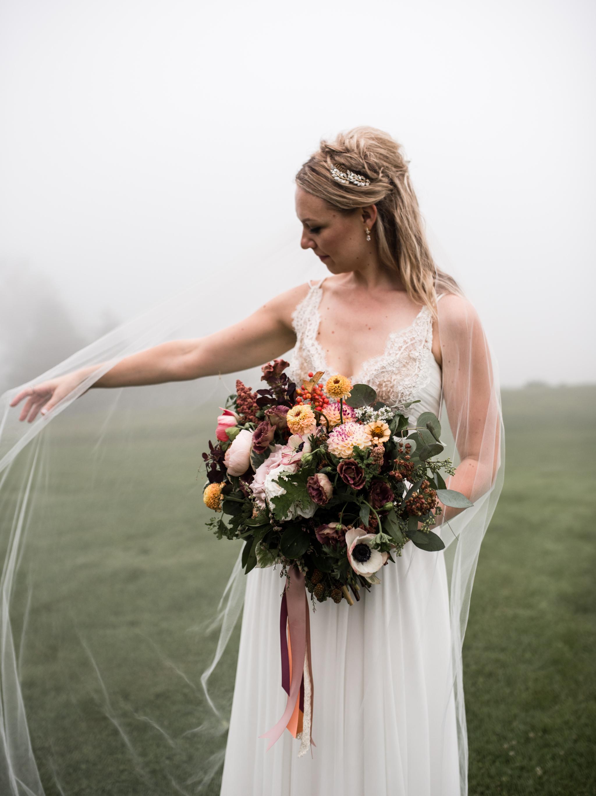 skyloft-wedding-toronto-wedding-photographer-57.jpg