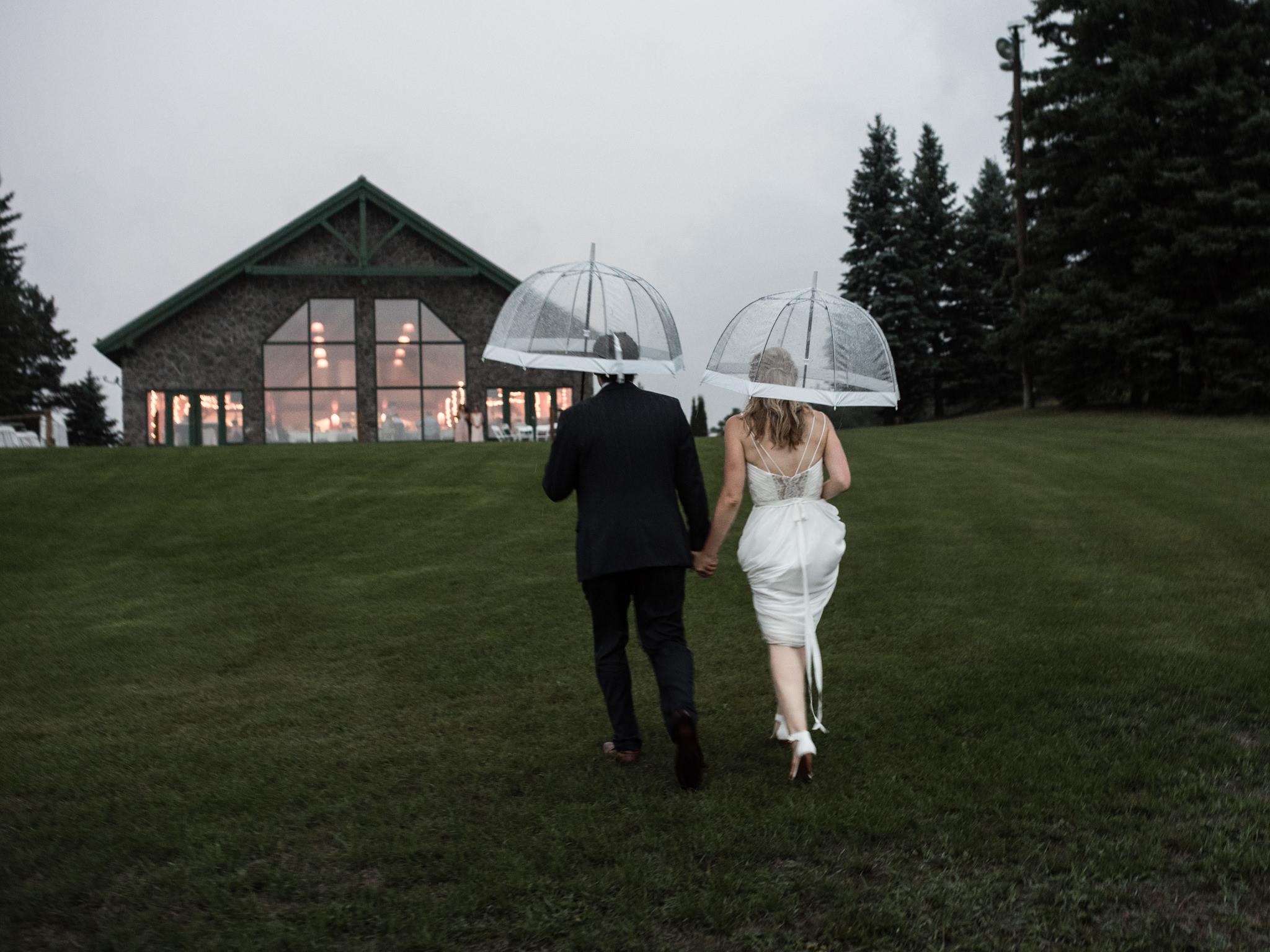 skyloft-wedding-toronto-wedding-photographer-66.jpg